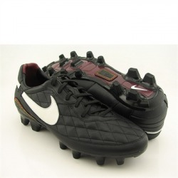 Ronaldinho Soccer Shoes